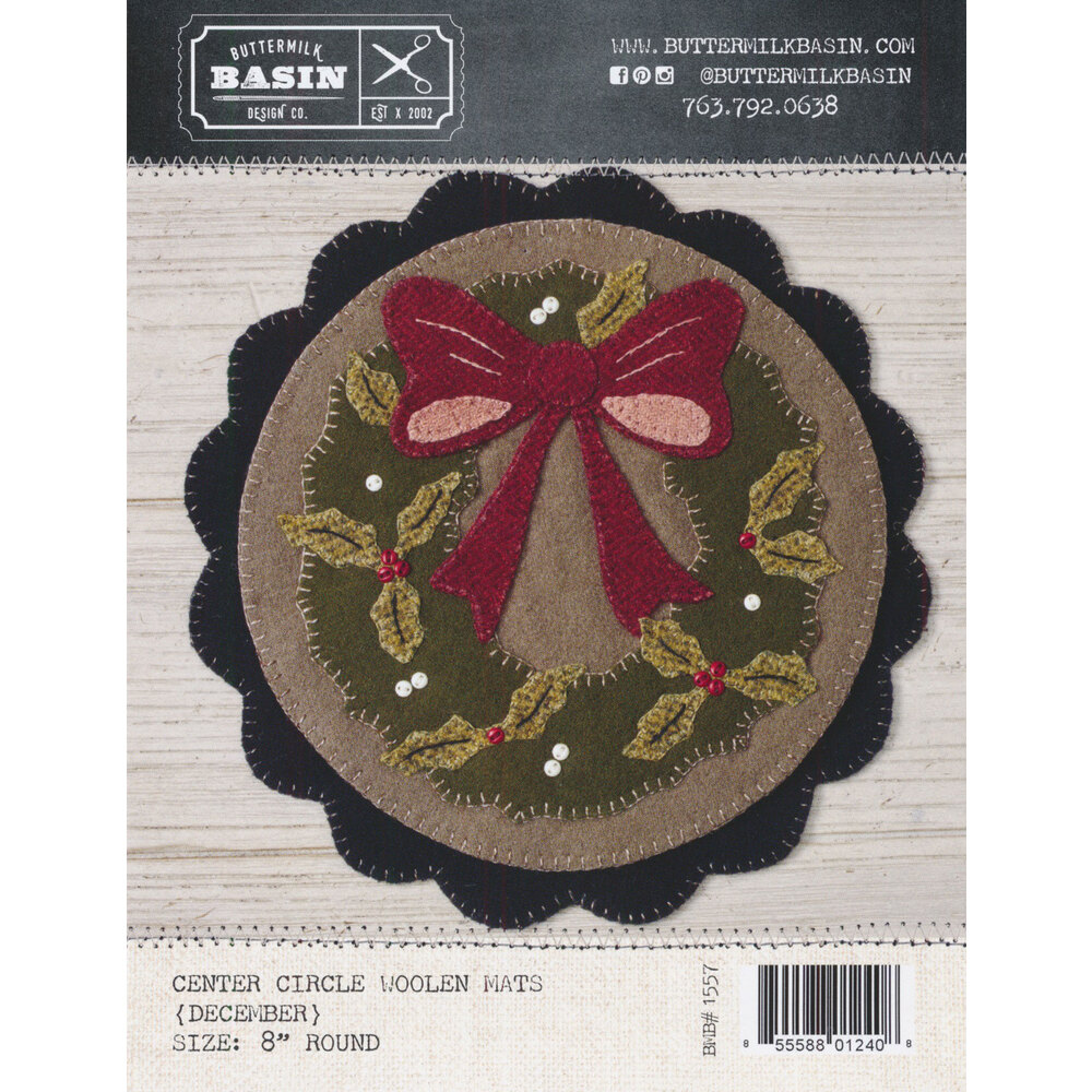 Welcome Home Center Circle Mat - December Pattern available at Shabby Fabrics