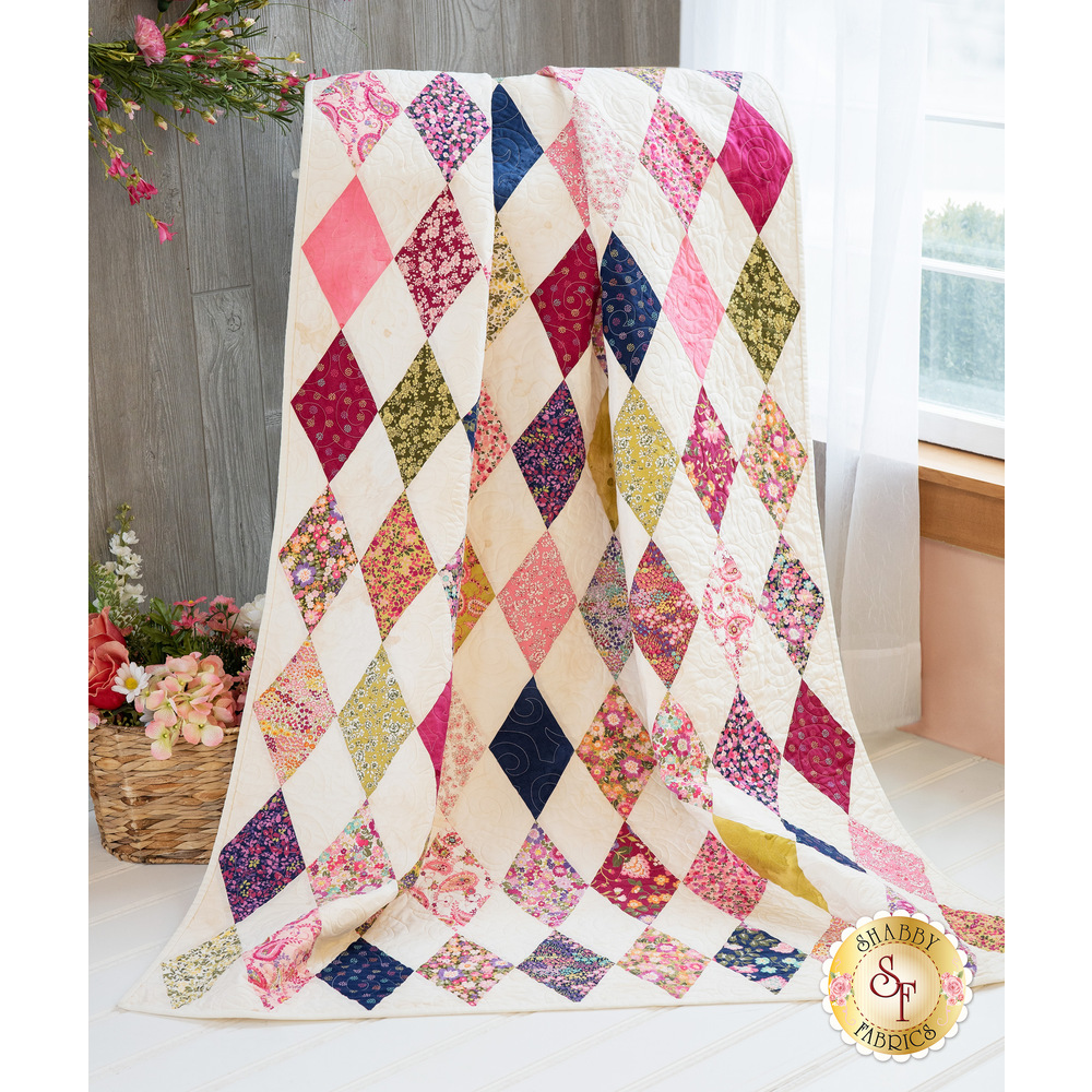 Diamond Garden quilt displayed | Shabby Fabrics