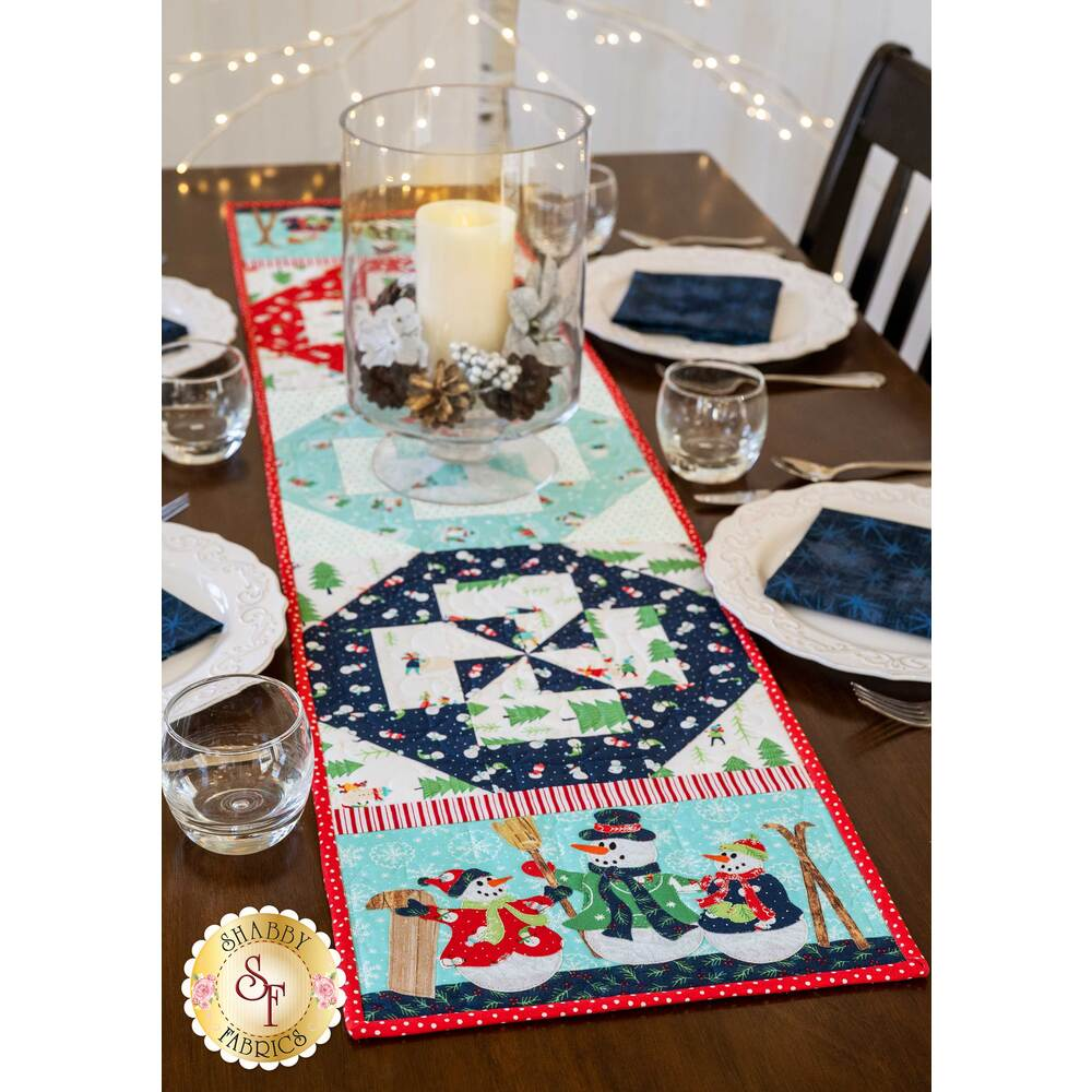 Beautifully decorated table with the Easy Pieced Table Runner - January | Shabby Fabrics