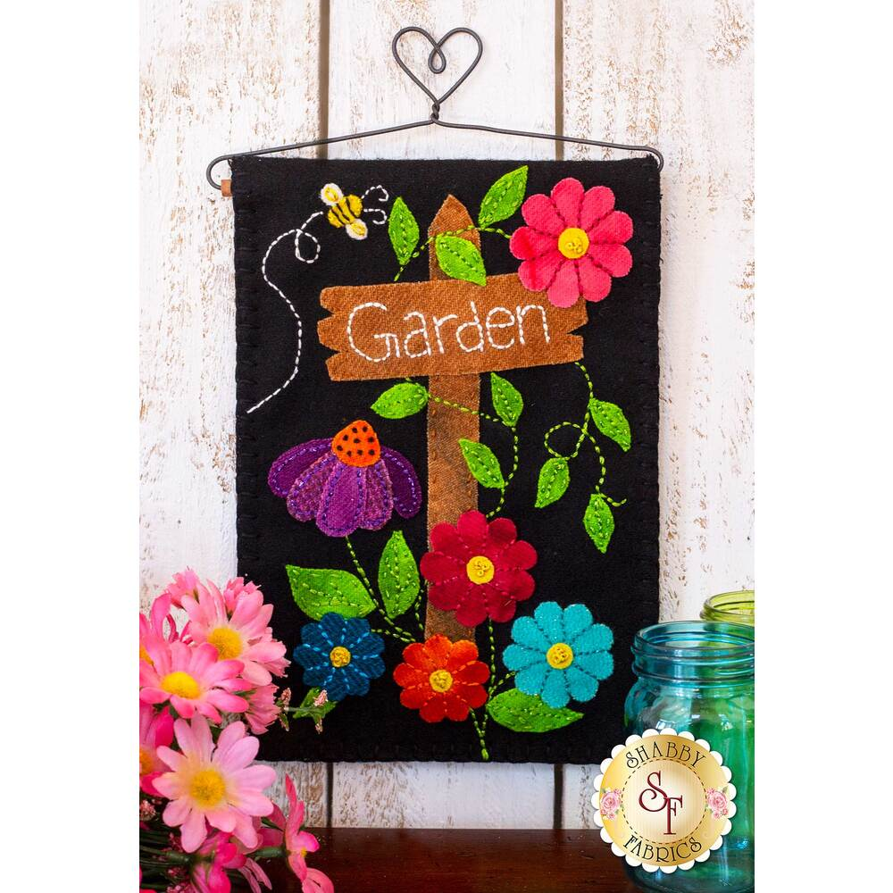 Flower Garden Mini Wall Hanging Kit by Shabby Fabrics