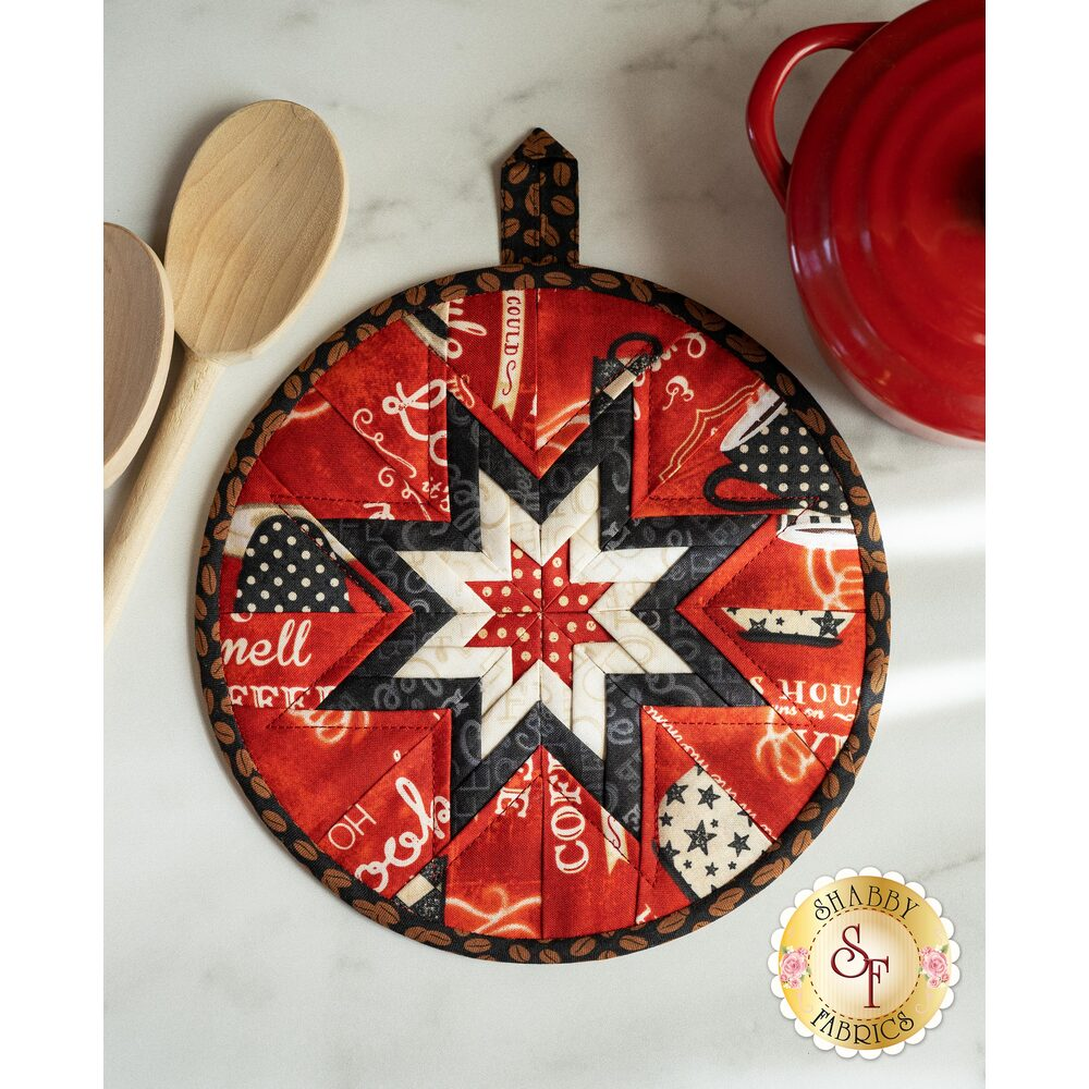 The beautiful Coffee Time Folded Star Hot Pad in red | Shabby Fabrics