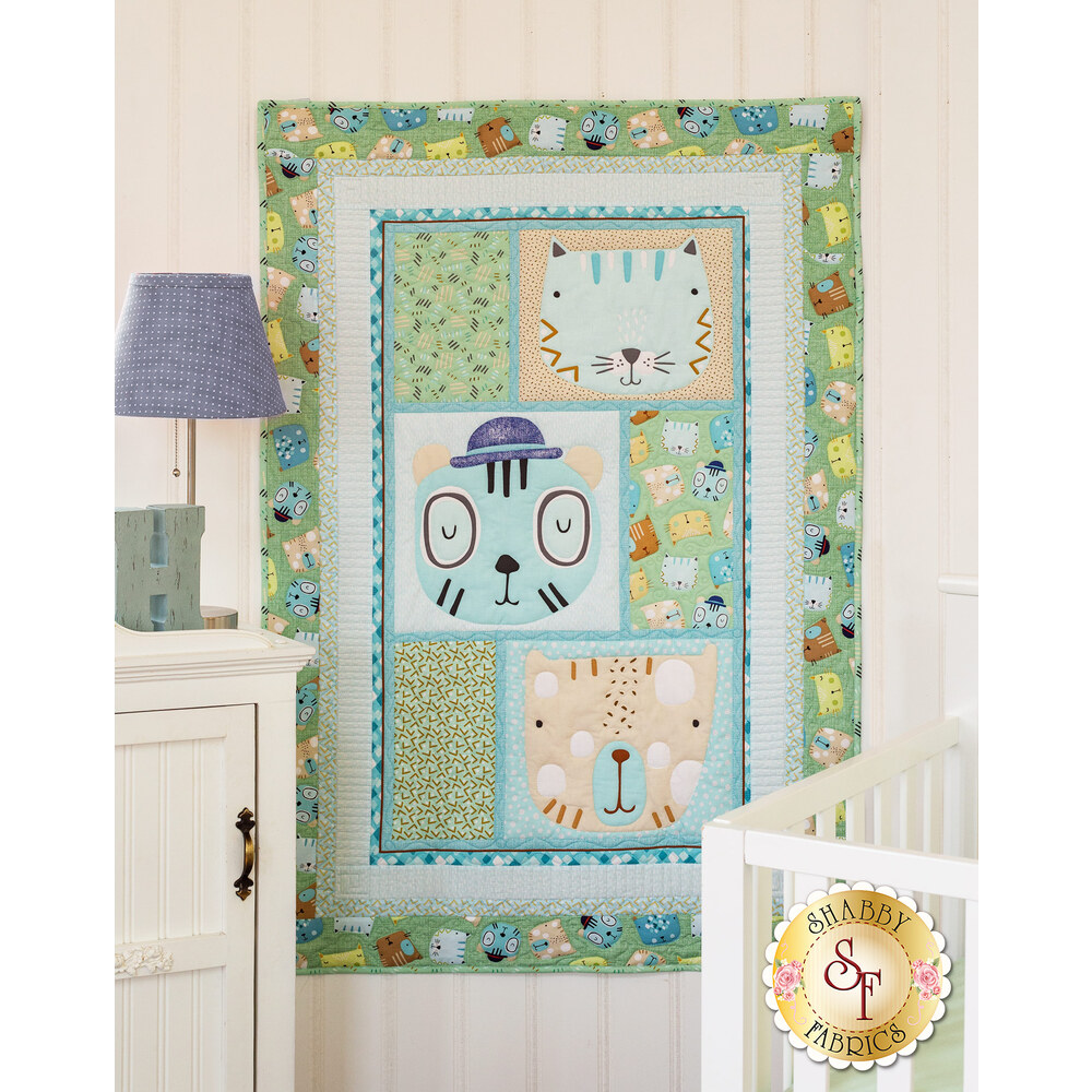 Friendly Faces Aqua Quilt Kit