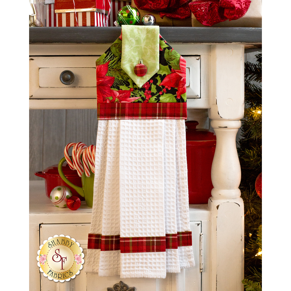 Hanging Towel Kit - Poinsettia & Pine - Black