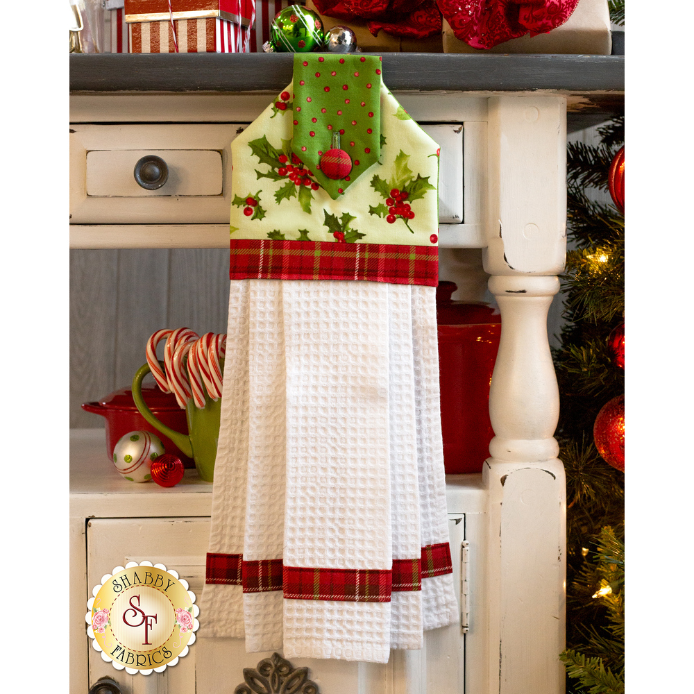 Hanging Towel Kit - Poinsettia & Pine - Green