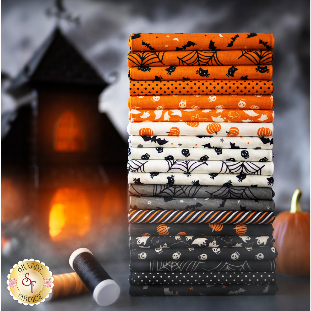 Holiday Essentials Halloween 20 FQ Set on a white background