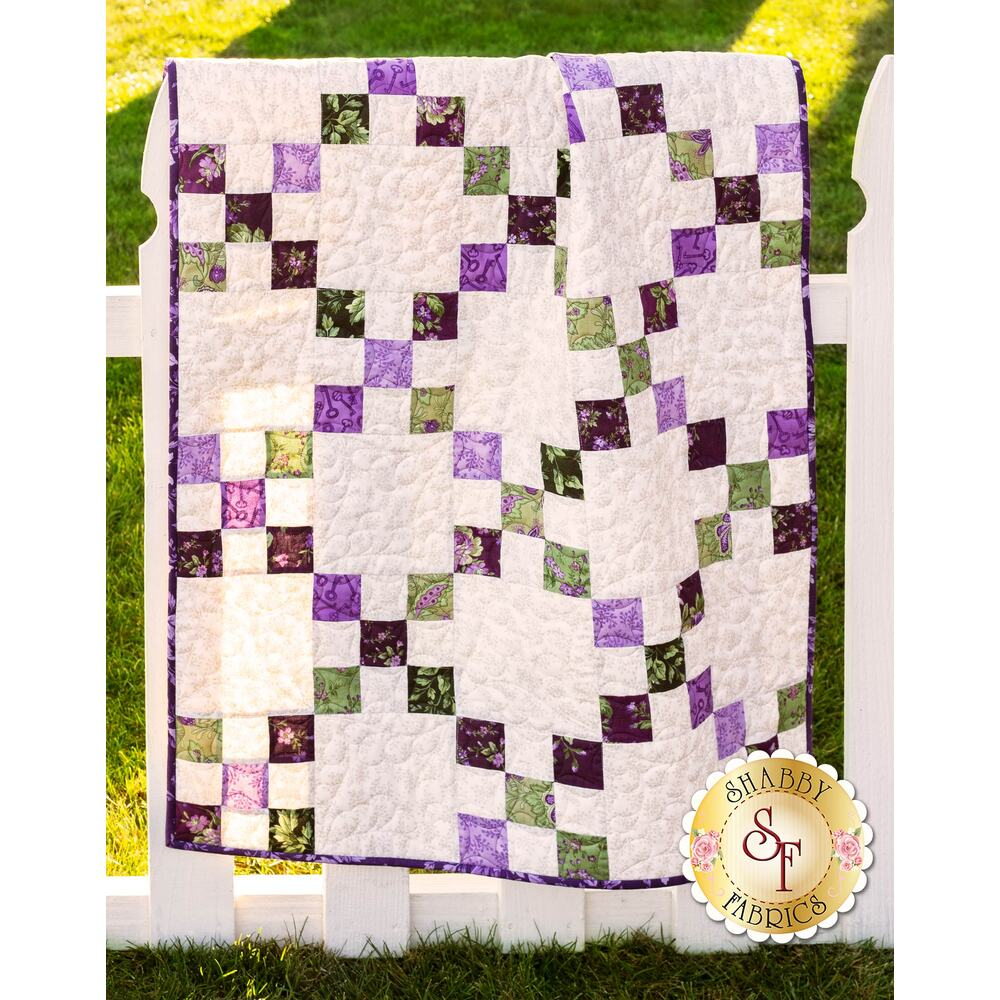 Irish Chain Aubergine Quilt displayed | Shabby Fabrics