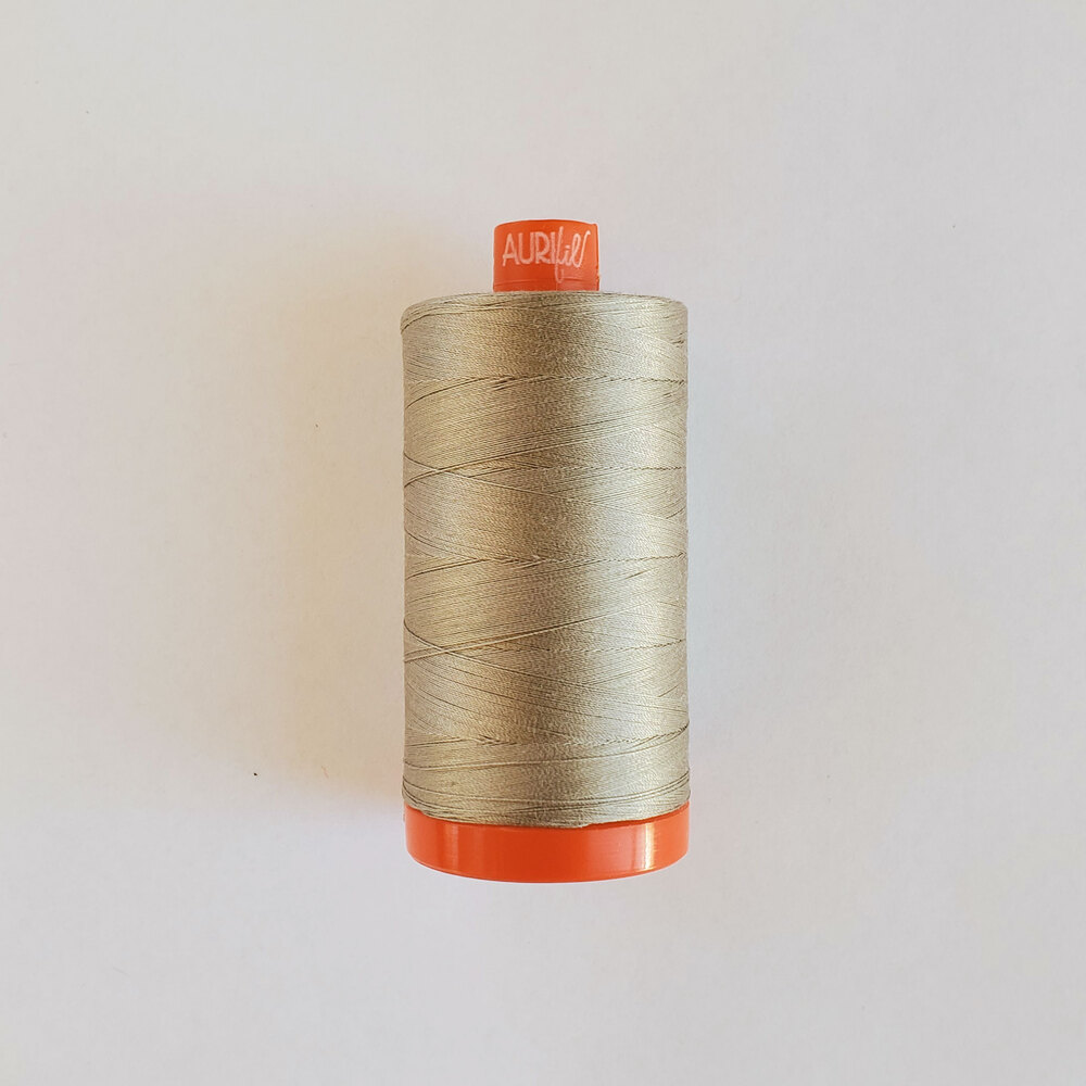 Mako Cotton Thread - Moondust - 1422yds | Shabby Fabrics
