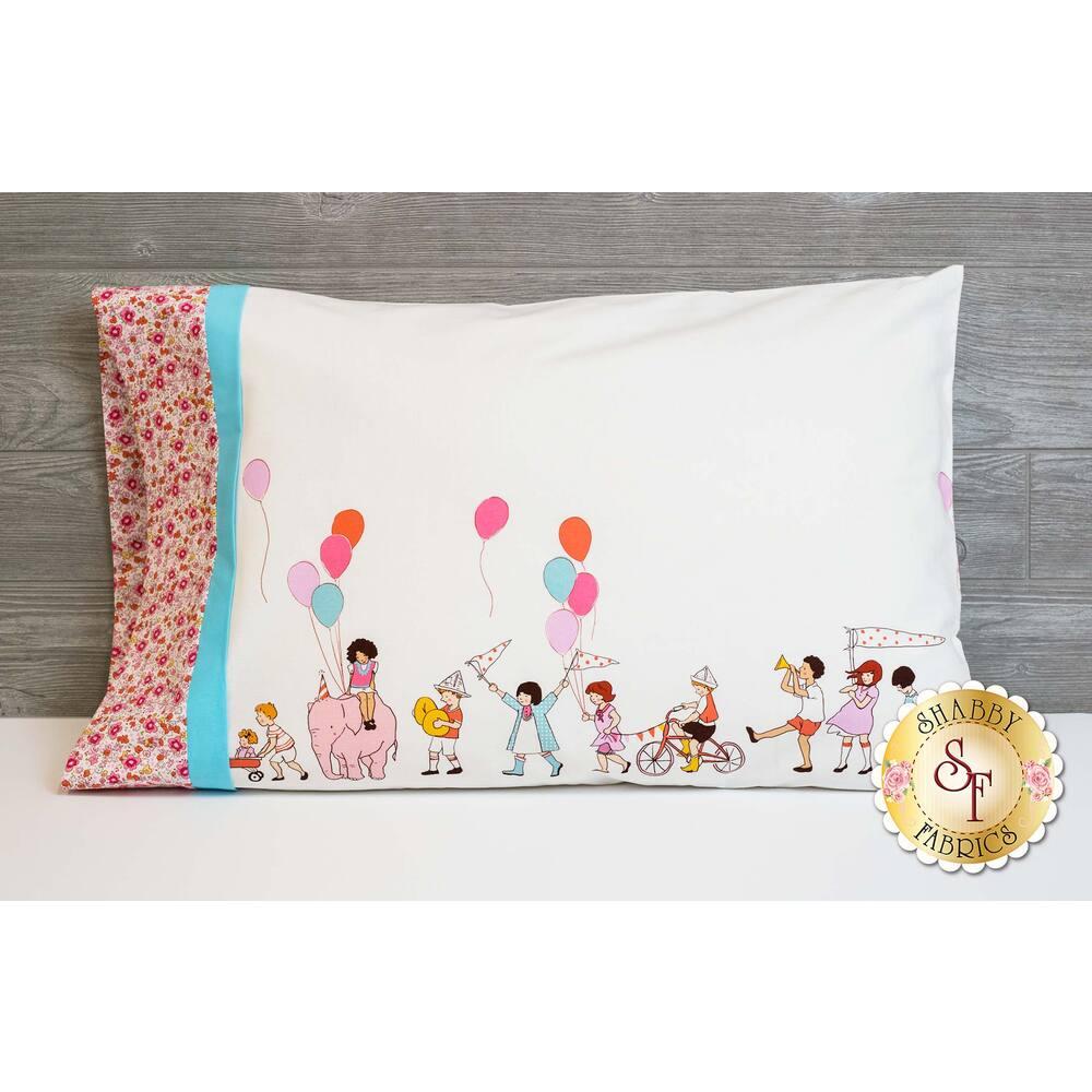 Magic Pillowcase - On Parade Kit