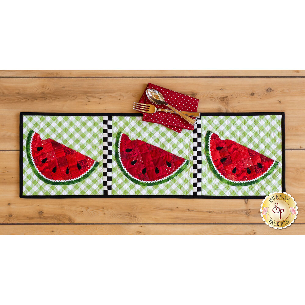 Patchwork Accent Runner Watermelon - July Pattern