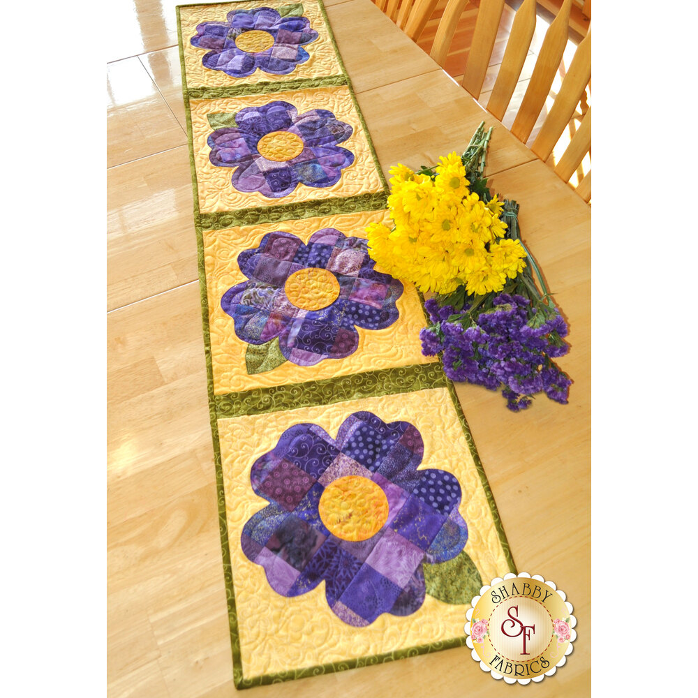 Patchwork Pansy Table Runner Kit