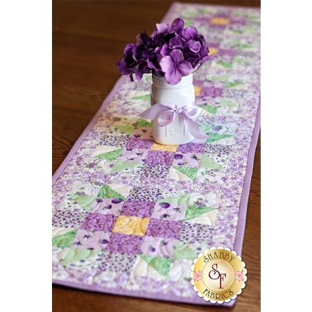 Sister's Choice Table Runner Pre-Cut Kit - Berries and Blossoms