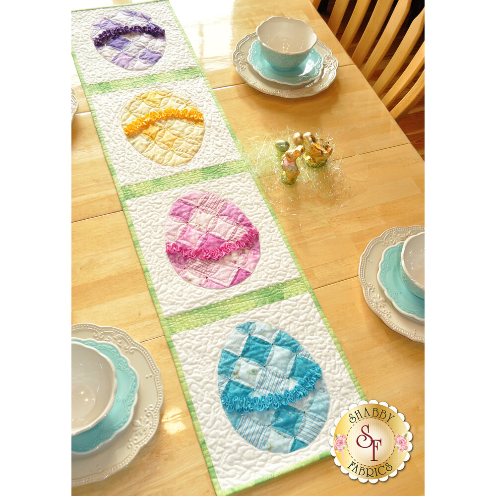 Ruched Easter Egg Table Runner Kit