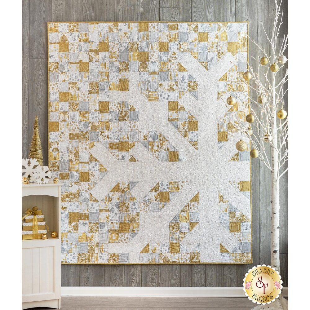 Snowflake Quilt - Holiday Village | Shabby Fabrics
