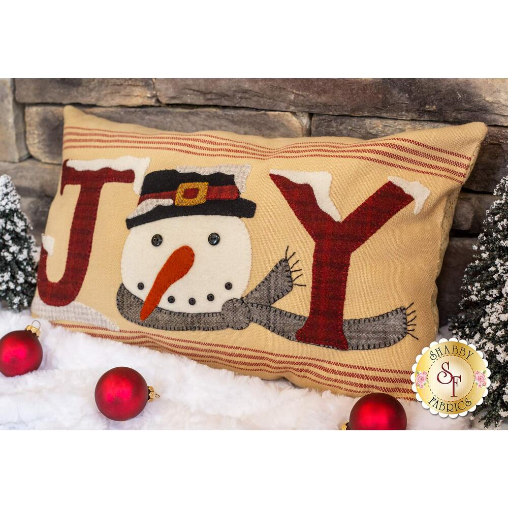 Snowman Joy Pillow Kit - Includes Wool