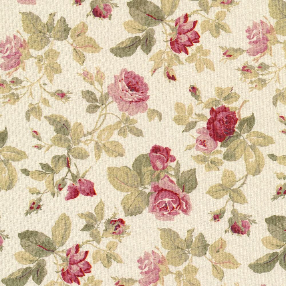 Beautiful tossed roses on a cream background | Shabby Fabrics