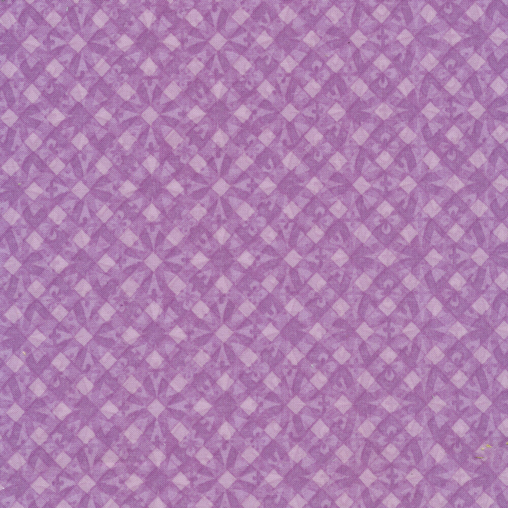 Tonal purple geometric diamond print