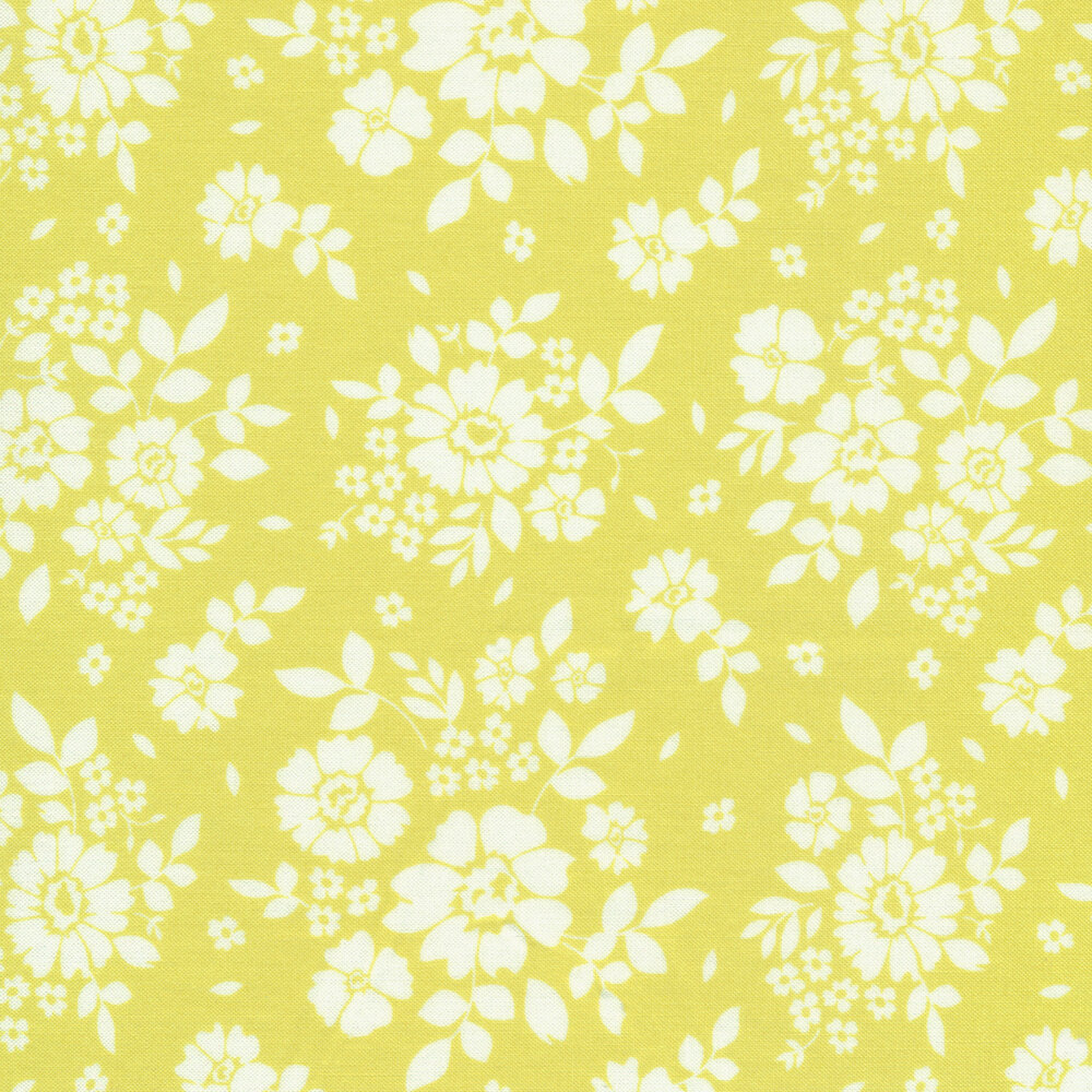 White flowers on a light green background | Shabby Fabrics