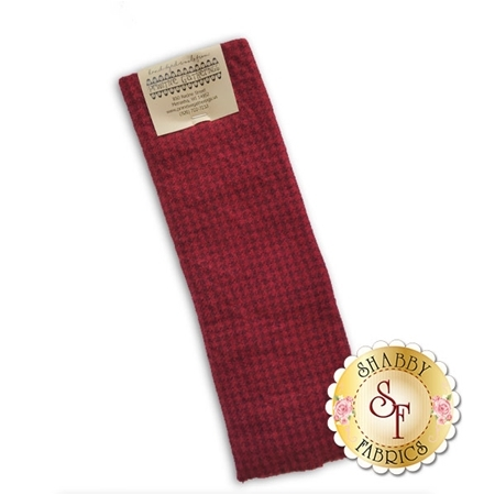 Hand Dyed Wool PRI 5078 Christmas Houndstooth by Primitive Gatherings for Moda Fabrics