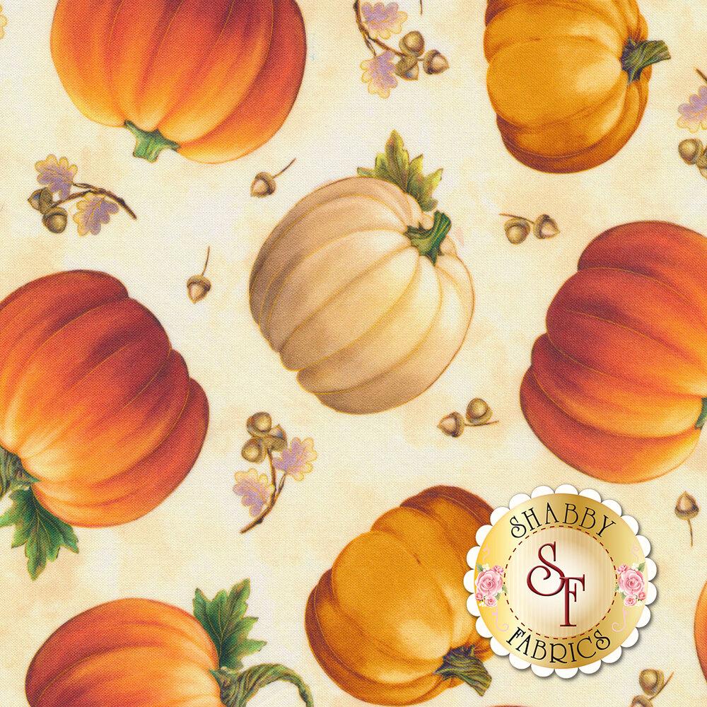 Tossed pumpkins on a cream background | Shabby Fabrics
