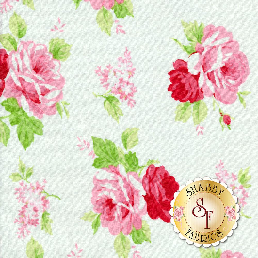 Tossed roses on a white background | Shabby Fabrics
