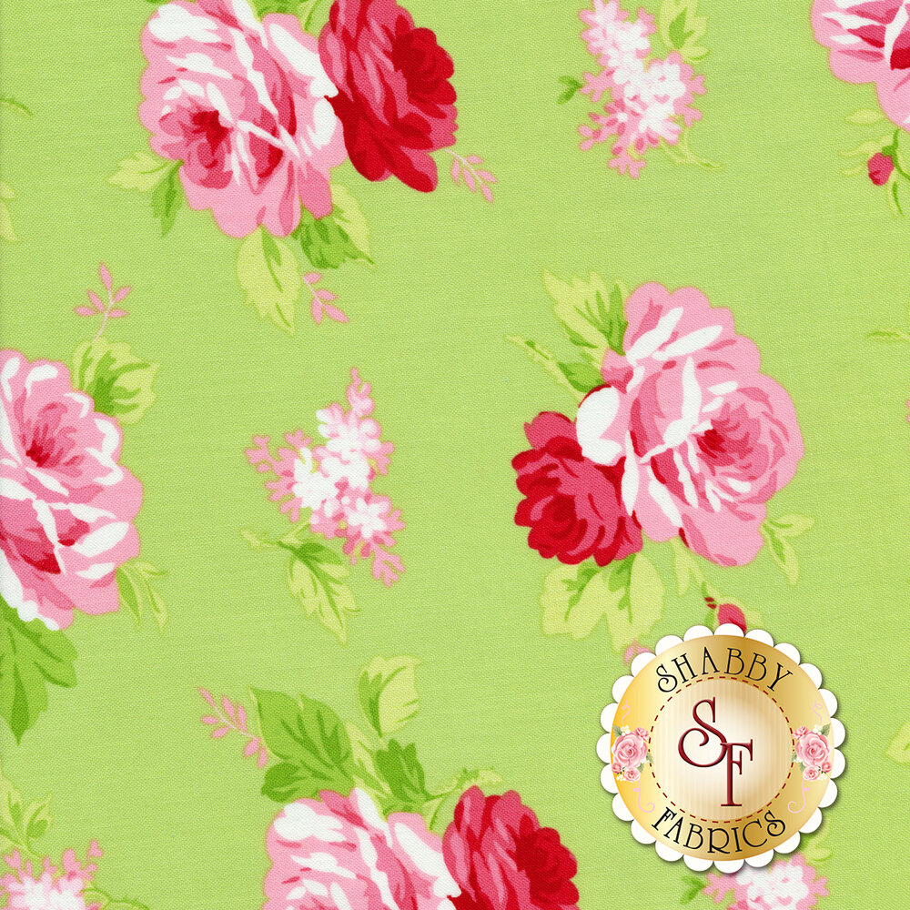 Tossed roses on a green background | Shabby Fabrics