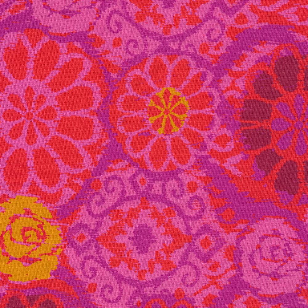 Varying purple tones on a bohemian flower prints | Shabby Fabrics