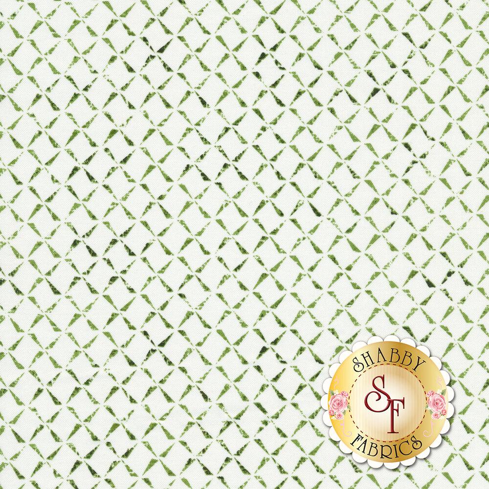 Textured green chain design on white | Shabby Fabrics