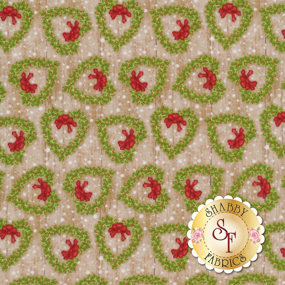 Green heart-shaped wreaths on brown wood | Shabby Fabrics